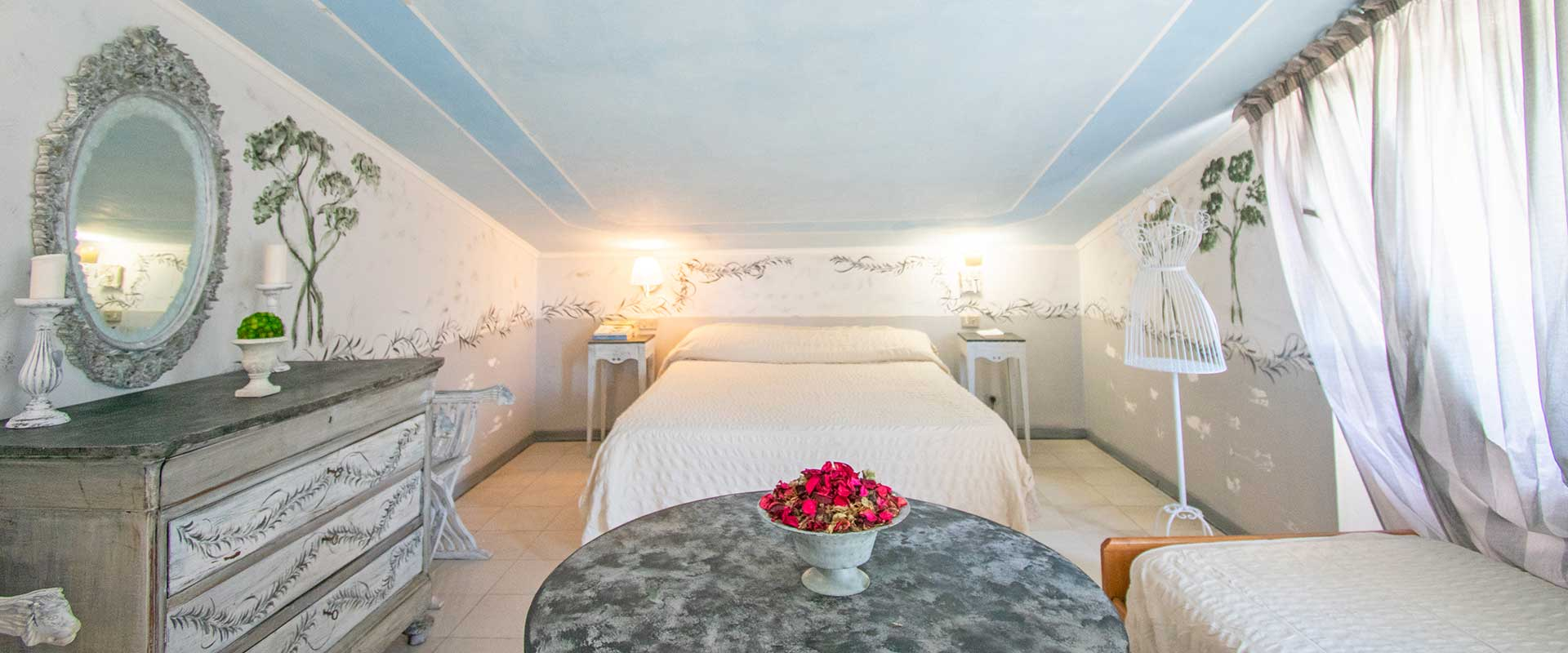 Rooms for families, couples and business in marina di massa