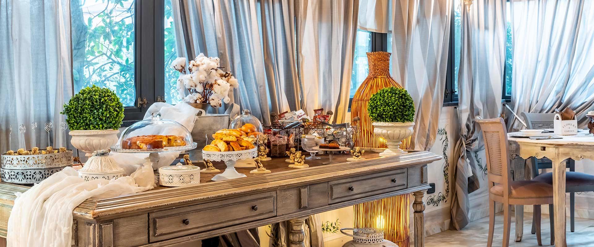 Colazioni e bistrot disponibile in hotel marina di massa